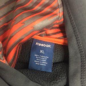 Reebok Shirts & Tops - Reebok pullover hoodie